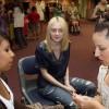 Dakota Fanning / Michael Sheen - Imagenes/Videos de Paparazzi / Estudio/ Eventos etc. - Página 4 5e58f1140696811