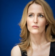 Gillian Anderson - Moby Dick Press Conference Portaits 22x