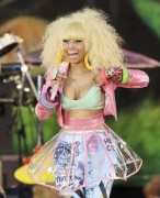 Ники Минаж, фото 118. Nicki Minaj performing on Good Morning America 05/08/'11 - nip slips!, foto 118