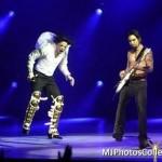 Apollo Theatre (N.Y.) 24-04-2002 - Black Or White 7d7dbb146858551