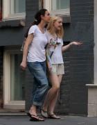 Dakota Fanning / Michael Sheen - Imagenes/Videos de Paparazzi / Estudio/ Eventos etc. - Página 4 A23f91149510170