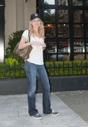 Бритт Робертсон, фото 119. Britt Robertson Out for icecream in Vancouver , July 17 2011, foto 119