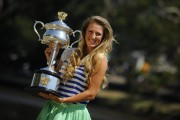 Виктория Азаренко, фото 202. Victoria Azarenka Posing with the Australian Open Trophy along the Yarra River in Melbourne - 29.01.2012, foto 202