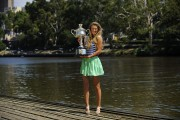 Виктория Азаренко, фото 204. Victoria Azarenka Posing with the Australian Open Trophy along the Yarra River in Melbourne - 29.01.2012, foto 204