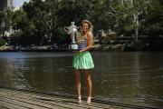 Виктория Азаренко, фото 204. Victoria Azarenka Posing with the Australian Open Trophy along the Yarra River in Melbourne - 29.01.2012, foto 204