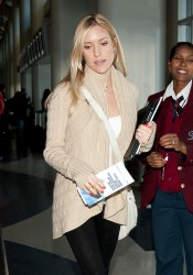 Кристин Каваллари Кавалери, фото 4688. Kristin Cavallari Cavalleri at Los Angeles International, february 19, foto 4688