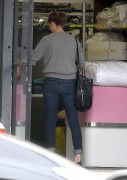 Mandy Moore - at a dry cleaners in West Hollywood 08/25/12