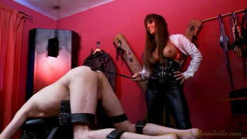 Dominatrix Annabelle - Wickedly Fistilious!